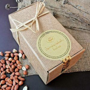 Zemesriekstu halva dāvanu kastītē (500g)